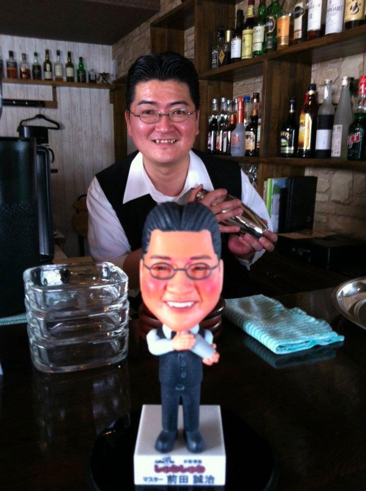 しゅわしゅわ 前田様へオリジナルフィギュアの納入へ伺いました。